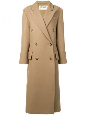 Двубортное пальто A.W.A.K.E. Mode. Цвет: коричневый