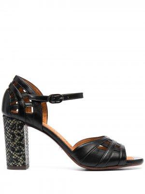 Босоножки с открытым носком и змеиным принтом Chie Mihara. Цвет: черный