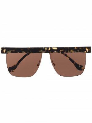 Солнцезащитные очки Rigel в квадратной оправе Nanushka. Цвет: коричневый