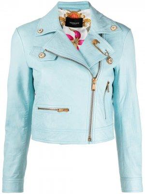 Куртка с декором Safуty Pin Versace. Цвет: синий