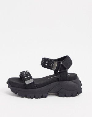 Черные спортивные сандалии с заклепками -Черный Stradivarius