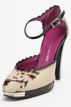 Туфли Lorena Paggi. Цвет: черный