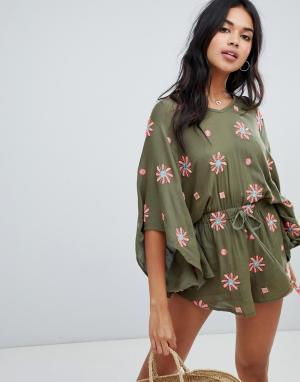 Пляжный oversize-ромпер с цветочной вышивкой Anmol. Цвет: зеленый