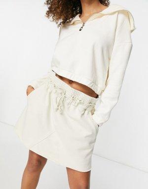 Окрашенная красками растительного происхождения кремовая мини-юбка из органического хлопка без застежки Ada-Белый Weekday