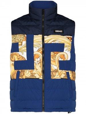 Куртка с узором Greca Versace. Цвет: синий