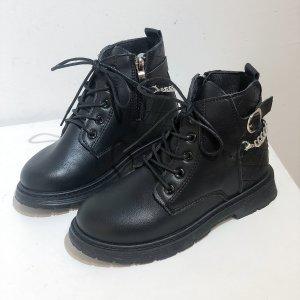 Для девочек Ботинки комбат цепочка & с пряжкой SHEIN. Цвет: чёрный