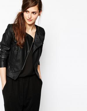 Байкерская куртка в кожаном стиле без воротника Pixie French Connection. Цвет: черный