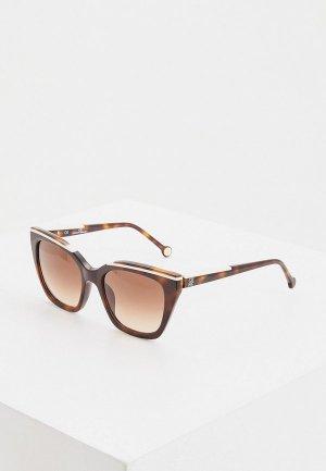 Очки солнцезащитные Carolina Herrera 832-1AY. Цвет: коричневый