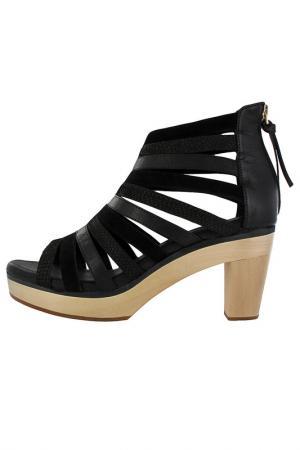 Босоножки Flip Flop. Цвет: черный