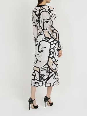 Платье с длинным рукавом Armani Exchange. Цвет: cherno_belyy