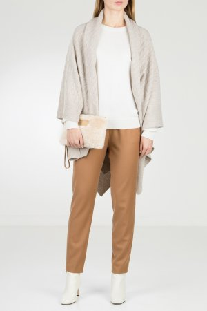 Пуловер белого цвета с надписью на спине Max & Moi. Цвет: белый