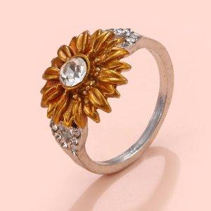 Кольцо с цветком SHEIN. Цвет: многоцветный