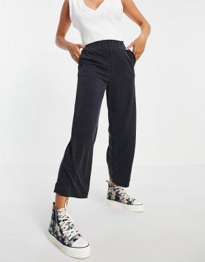 Широкие черные брюки из купро в рубчик от комплекта Cilla-Черный цвет Monki