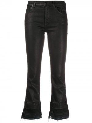 Расклешенные укороченные джинсы 7 For All Mankind. Цвет: черный