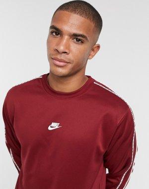 Красный свитшот с круглым вырезом и логотипом Repeat Nike