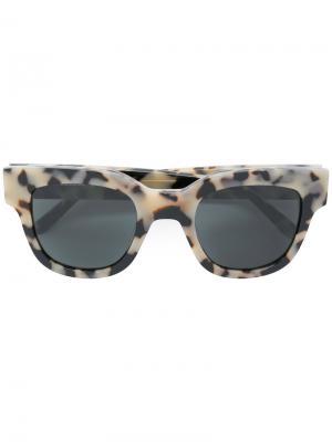 Солнцезащитные очки Liv Sun Buddies. Цвет: телесный