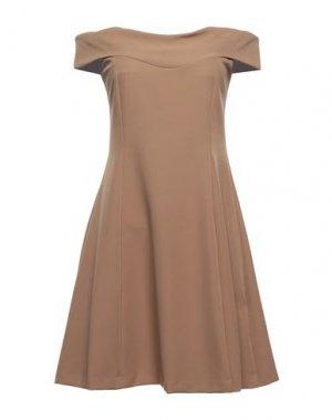 Короткое платье FLY GIRL. Цвет: светло-коричневый