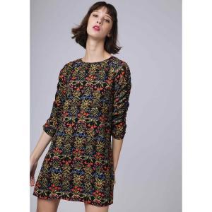 Платье прямое с цветочным принтом, короткое, рукава 3/4 COMPANIA FANTASTICA. Цвет: черный наб. рисунок