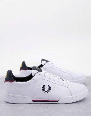 Белые кожаные кроссовки с темно-синими вставками и фирменными полосками B722-Белый Fred Perry