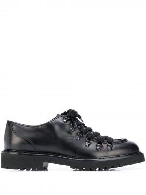 Doucals туфли на шнуровке с люверсами Doucal's. Цвет: черный