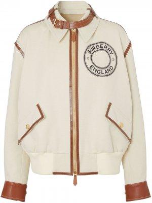 Куртка-бомбер с графичным логотипом Burberry. Цвет: нейтральные цвета