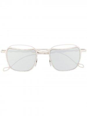 Солнцезащитные очки в квадратной оправе Kuboraum. Цвет: серебристый
