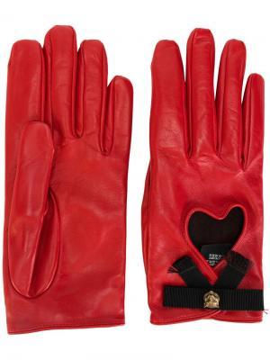 Перчатки с сердцами Gucci. Цвет: красный