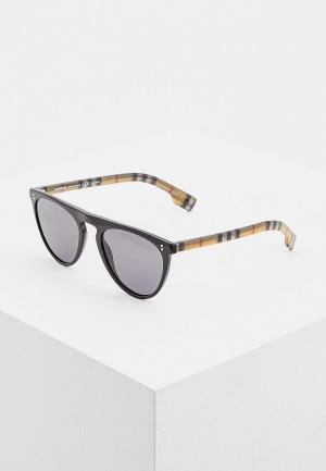 Очки солнцезащитные Burberry BE4281 375781. Цвет: коричневый