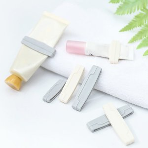 3шт случайная ручная соковыжималка для зубной пасты SHEIN. Цвет: многоцветный