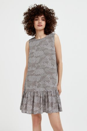 Платье женское Finn-Flare. Цвет: светло-коричневый
