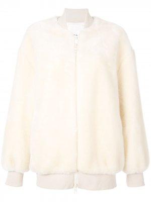Спортивная куртка из искусственного меха Tibi. Цвет: белый