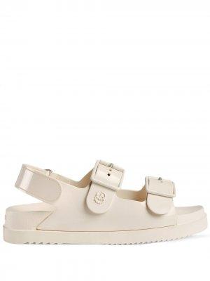 Сандалии с логотипом Double G Gucci. Цвет: белый