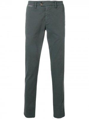 Классические брюки чинос Eleventy. Цвет: серый