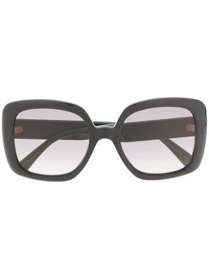 Солнцезащитные очки в массивной оправе с отделкой Web Gucci Eyewear. Цвет: черный