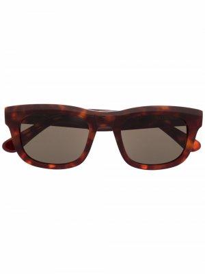 Солнцезащитные очки черепаховой расцветки Han Kjøbenhavn. Цвет: коричневый