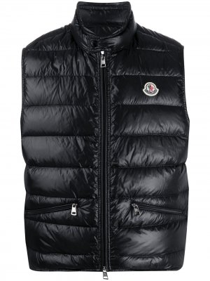 Стеганый жилет с логотипом Moncler. Цвет: черный