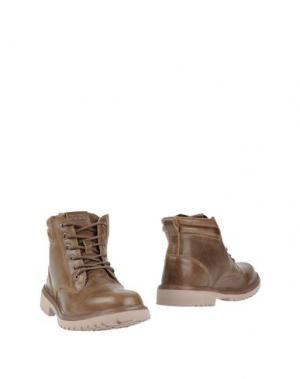 Полусапоги и высокие ботинки DUDE. Цвет: хаки