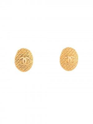 Серьги с логотипом CC Chanel Pre-Owned. Цвет: золотистый