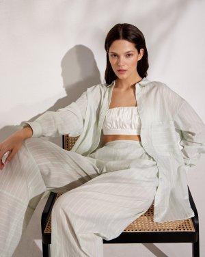 Блуза свободная 12STOREEZ. Цвет: светло-зеленый