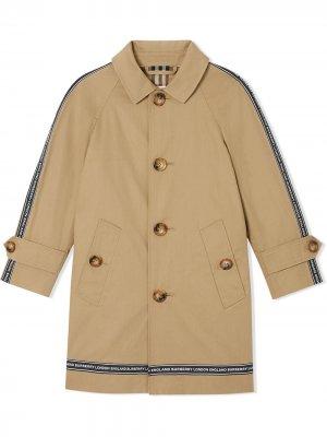 Пальто с логотипом Burberry Kids. Цвет: нейтральные цвета
