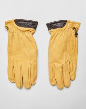 Перчатки пшеничного цвета из нубука Timberland. Цвет: желтый