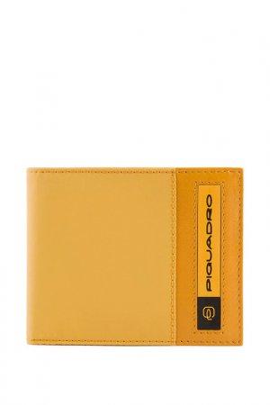 Кошелек Piquadro. Цвет: желтый