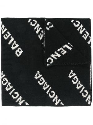 Длинный шарф с логотипами вязки интарсия Balenciaga. Цвет: черный