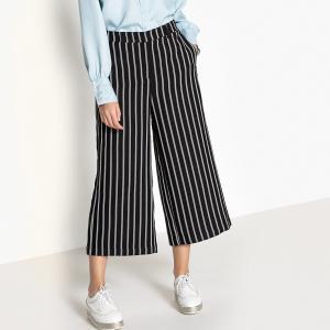 Юбка-брюки прямая с рисунком, длина миди, 3/4 VERO MODA. Цвет: в полоску черный,черный в белую полоску