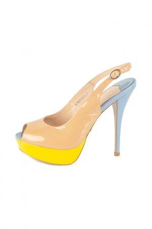 Туфли Calipso. Цвет: бежевый, желтый