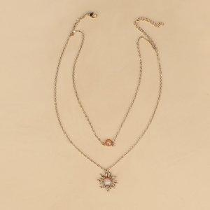 Многослойное ожерелье с драгоценным камнем подвеска SHEIN. Цвет: золотистый