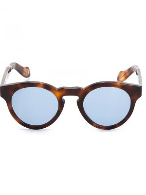 Солнцезащитные очки Monocle Eyewear. Цвет: коричневый