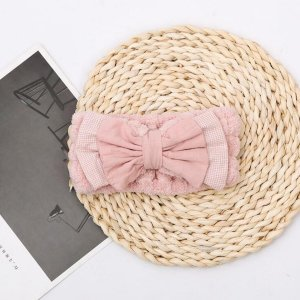 Повязка на голову для ванны с бантом SHEIN. Цвет: розовые