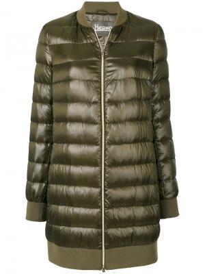 Дутое пальто-бомбер Herno. Цвет: зелёный