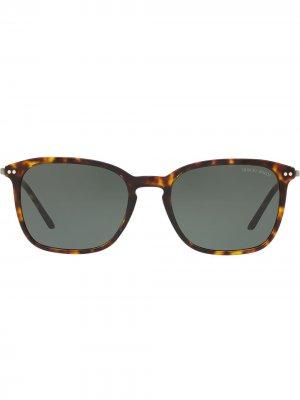 Солнцезащитные очки в черепаховой оправе Giorgio Armani. Цвет: коричневый